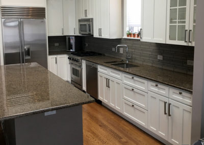 Modern-Black-and-White-Grey-Kitchen