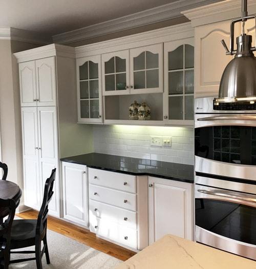 Refinishing White Kitchen Cabinets: Kitchen-Cabinet-Refinishing-White-Color-min